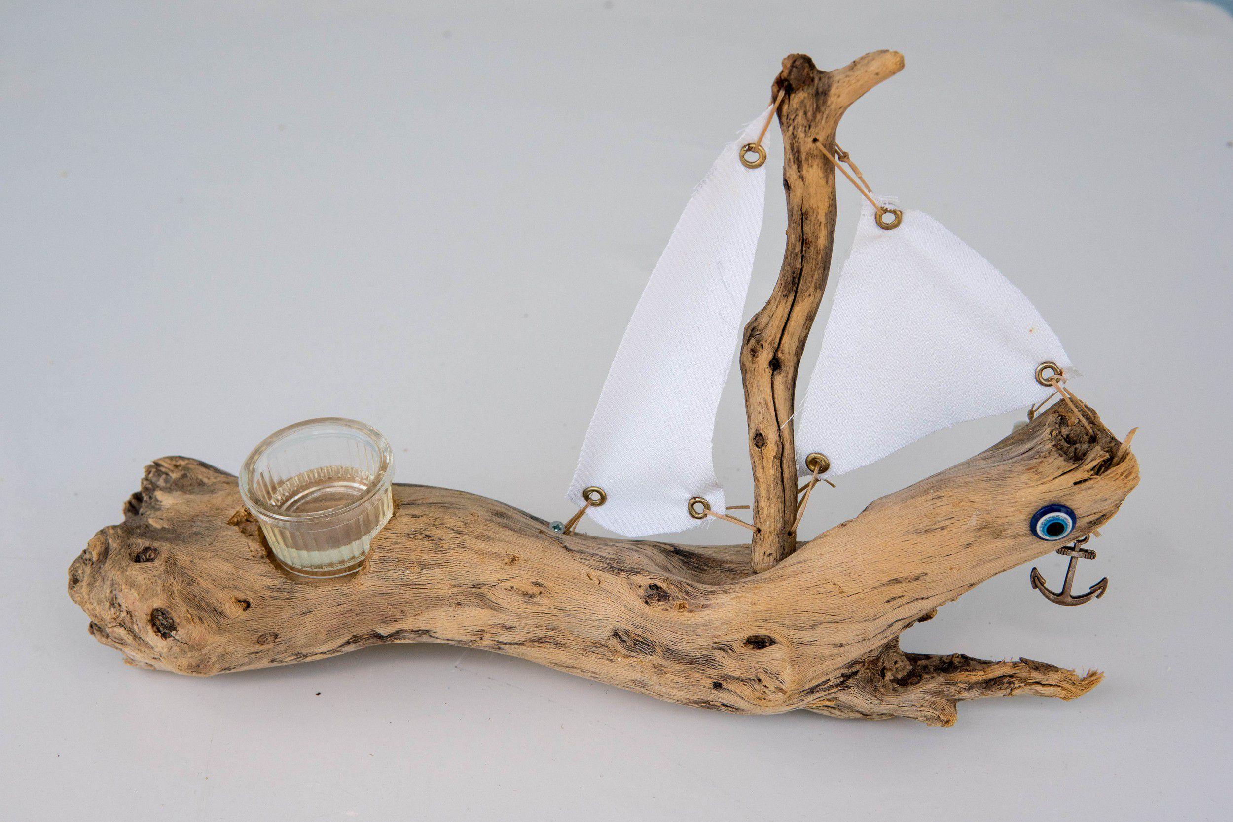 Καραβάκι – Κηροπήγιο ρεσώ